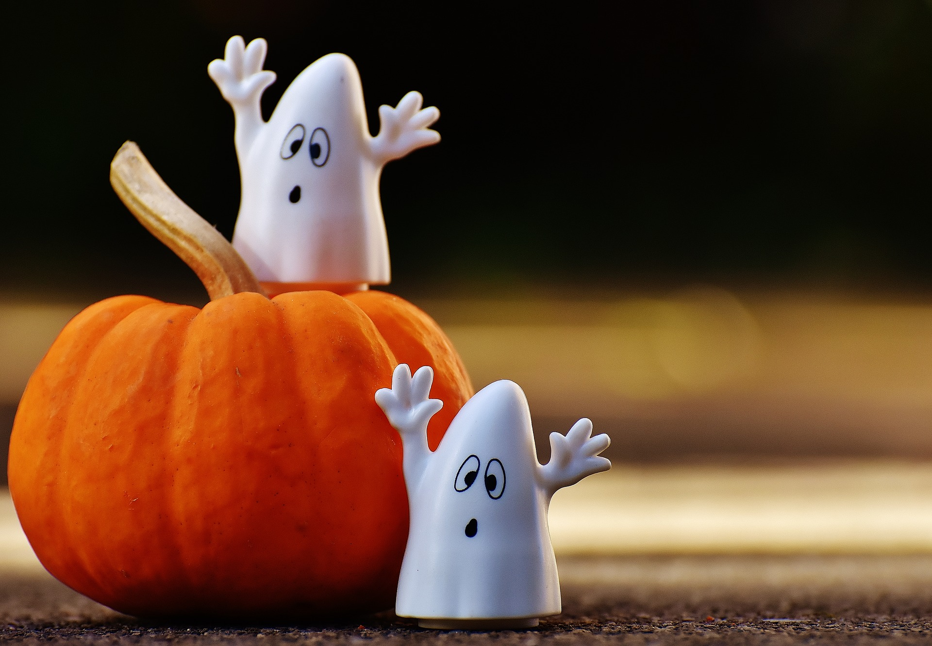 halloween decorations and your hvac | jackson & sons